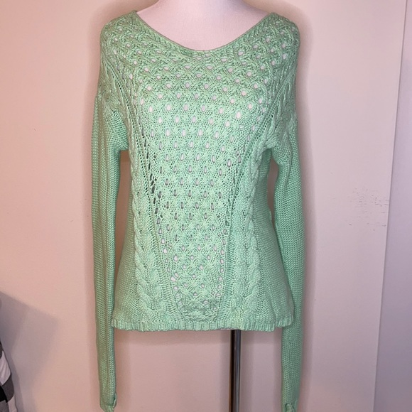 Ruby moon size small lime green sweater